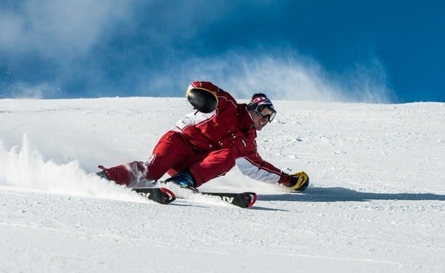 how to snowboard turn