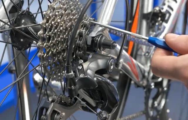 bike chain removal tool