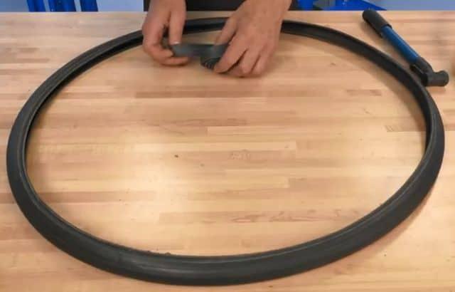 how to change an inner tube on a wheelbarrow
