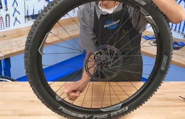 how to remove a bike wheel