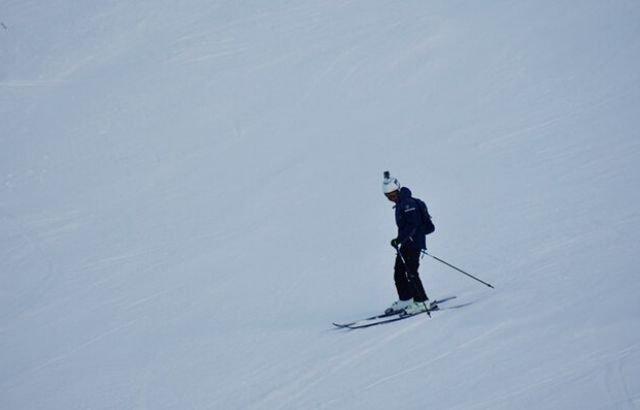 perfect ski turns