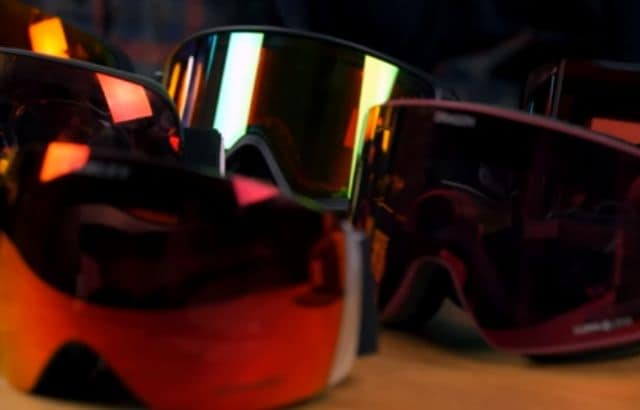what to wear skiing by temperature
