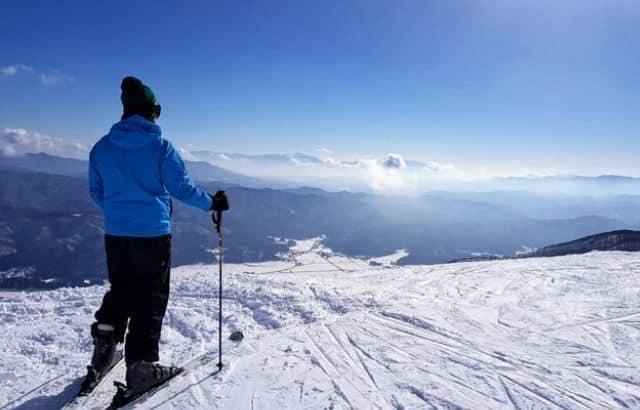 what to wear under snowboard jacket