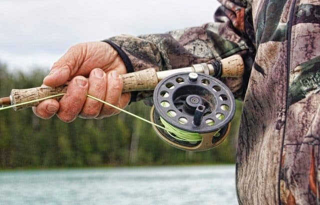 How to Restring a Fishing Pole