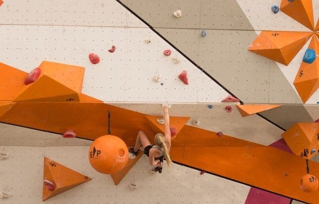What is Bouldering & How to Get Started