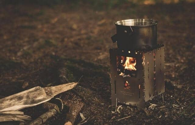 Do wood-burning stoves cause air pollution