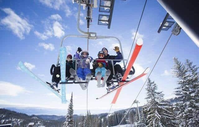 Best Resorts for Seasoned Skiers