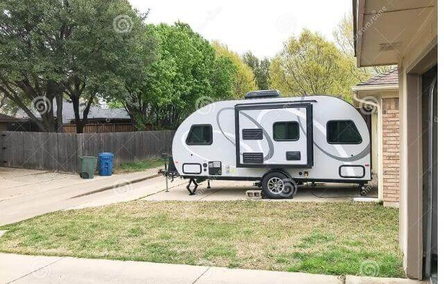 is it legal to live in an rv in oregon