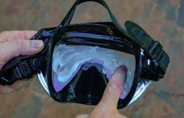Toothpaste on snorkel mask