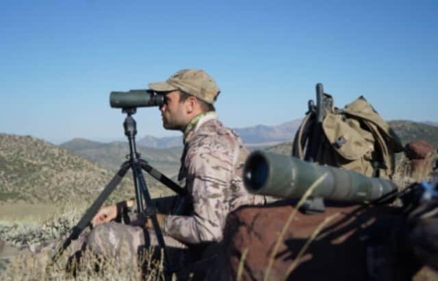 Best Spotting Scope Tripod for Hunting