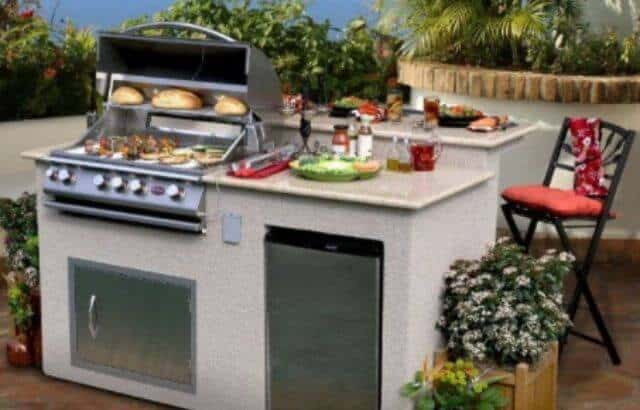 How to Build an Outdoor Kitchen with Metal Studs