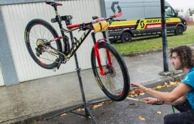How to Clean Mountain Bike