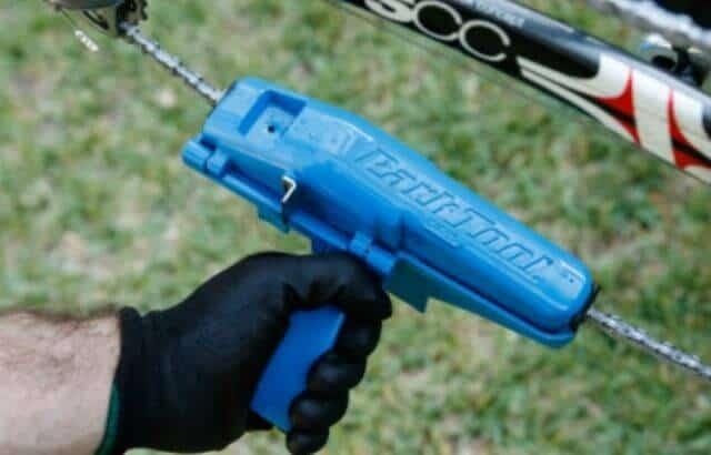 how to clean a mountain bike chain