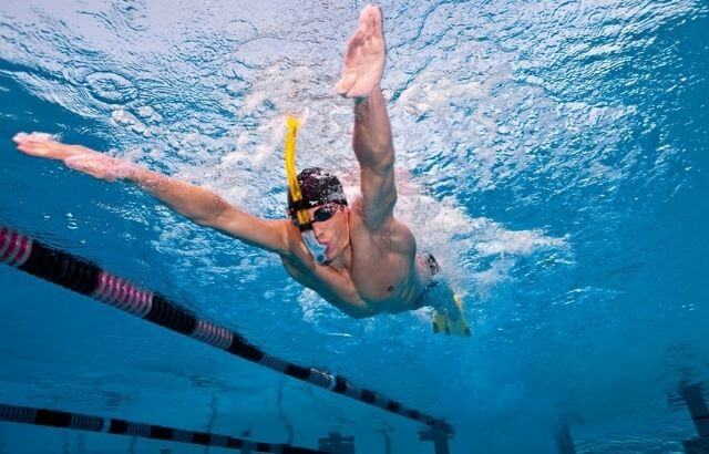 how to swim with a snorkel